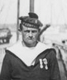 Alexandre Gouillet ( 1898 -1946)  d�tail d'une photo du 19/07/1922 - Ile d'yeu - (� Minist�re de la Culture (France),